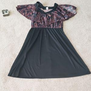 Floral split shoulder cape upper flare skirt